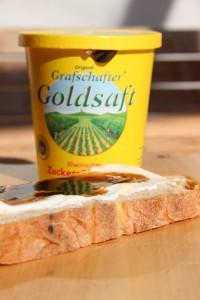 Rübenkraut und Brot mit Grafschaft Krautsaft